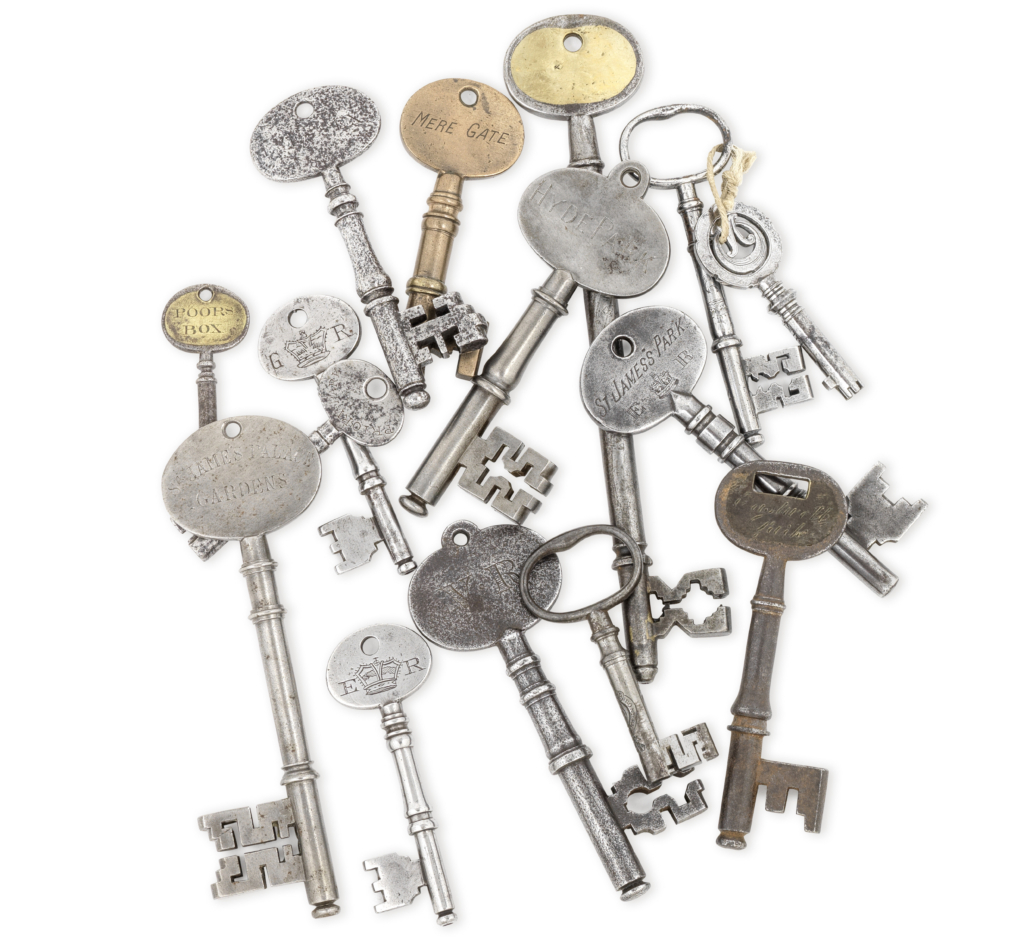 Group of 15 keys from the 18th and 19th centuries, £9,563. Image courtesy of Bonhams