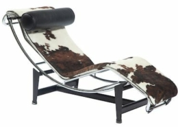 A contemporary version of the LC4 long chaise lounge earned $5,000 plus the buyer's premium in June 2021 at Doyle New York. Image courtesy of Doyle New York and LiveAuctioneers.