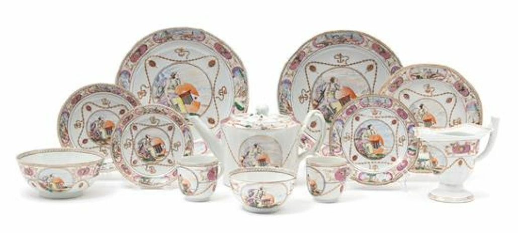 A circa-1791 Chinese Export armorial porcelain service decorated with arms of Ker-Martin sold for $19,000 plus the buyer's premium in February 2019 at Hindman. Image courtesy of Hindman and LiveAuctioneers