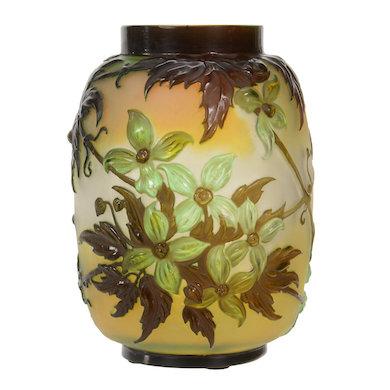 Woody Auction hosts art glass bonanza Oct. 23