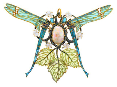 Lalique dragonfly pendant earns $226K, sets record at Doyle